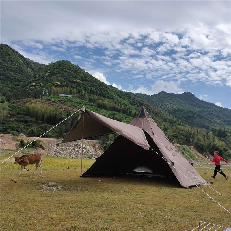 Great White Bear Hexagon Hot Tent Suitable for 5-6 Person - Wise Tents® 2